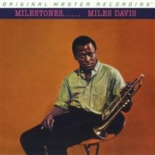 Milestones - de Miles Davis