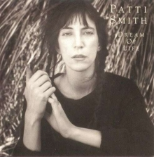 Dream Of Life - de Patti Smith