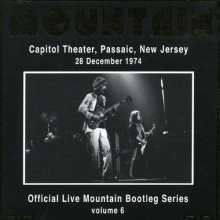 Live Capitol Theatre,Passaic,New Jersey 28.12.1974 - de Mountain