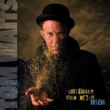 Glitter And Doom (Live) - de Tom Waits